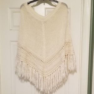 A&E Off White Sweater Fringed Poncho size M